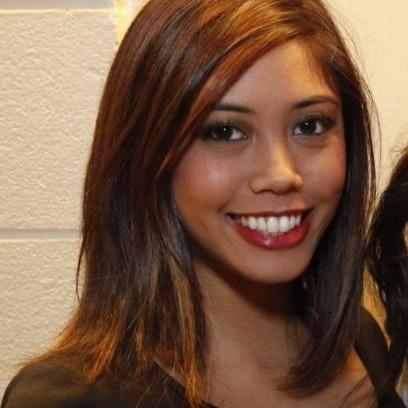 Lizelle L.