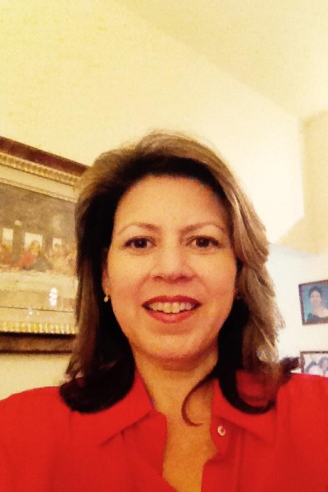 Liliana V.