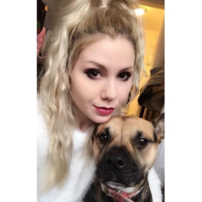 """dog walker Tieasa """"Vera"""""""