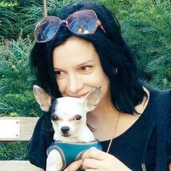 dog walker Shira