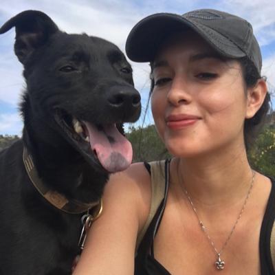dog walker Angelica