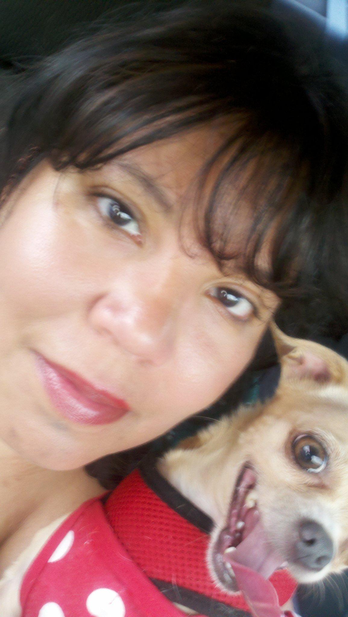 dog walker Loida