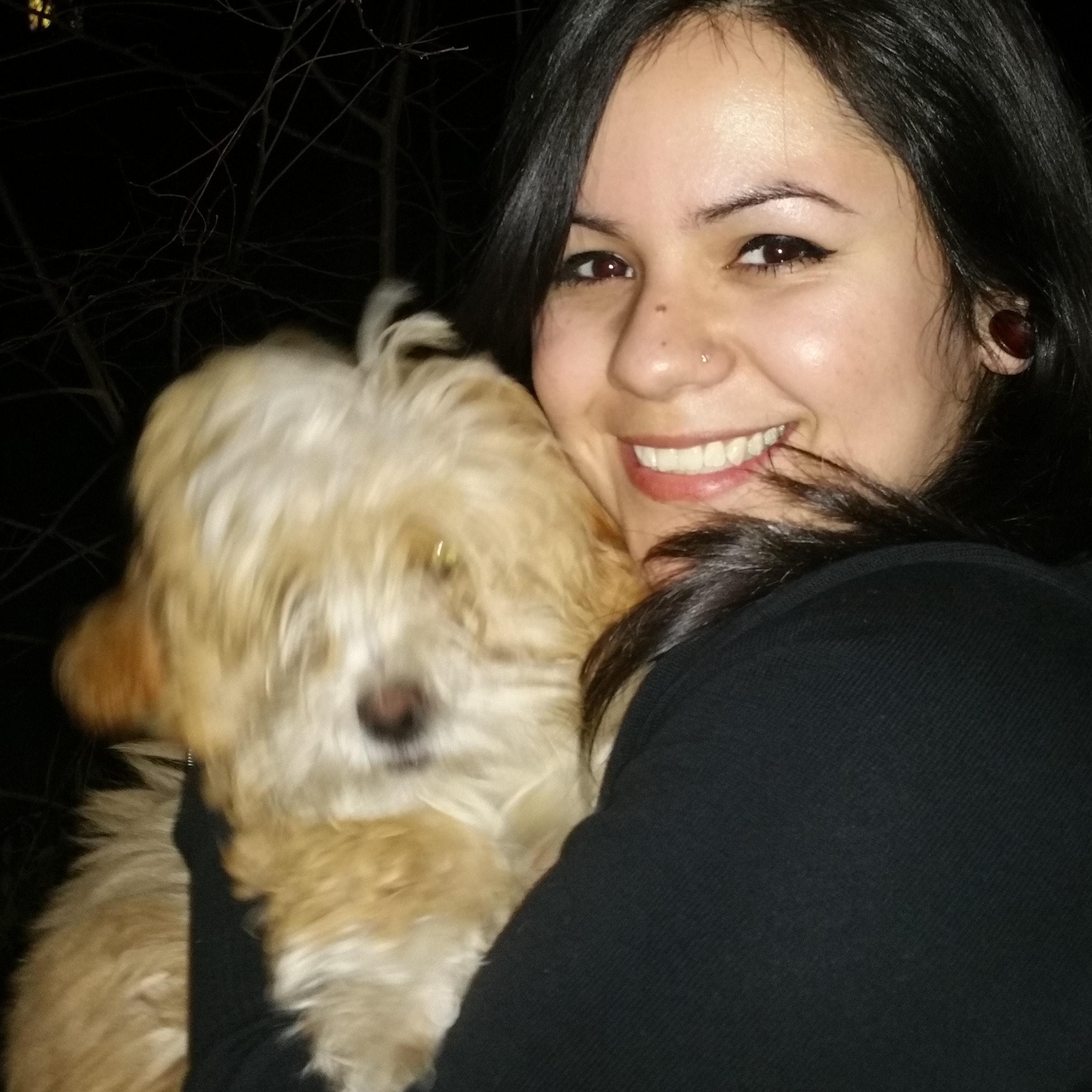 dog walker Mayra