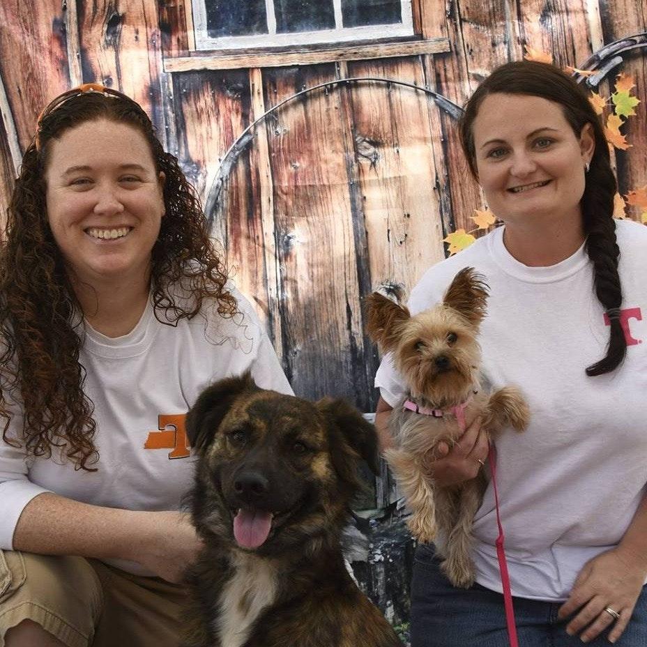 dog walker Bonnie & Virginia