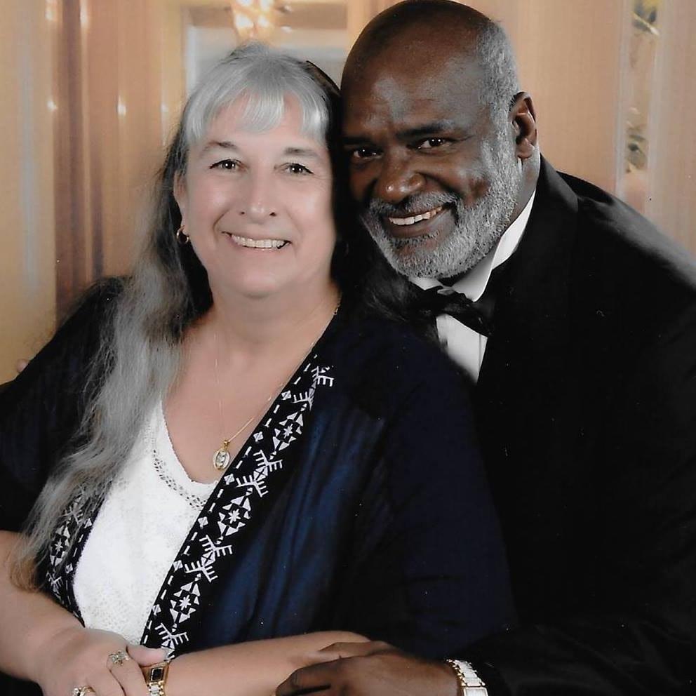 pet sitter Barbara & Lionel