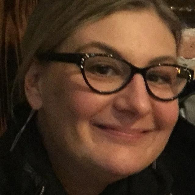 Lori R.